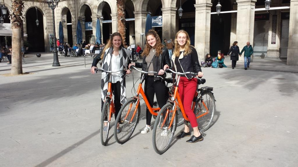 Discover Barcelona Bike tour